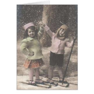 Notecard-niños del navidad del vintage en los esqu tarjeta pequeña