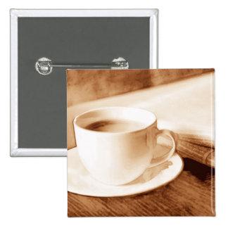 Noticias de la mañana y tono de la sepia del café pin
