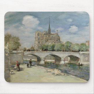Notre Dame de Paris, c.1900 Mousepad