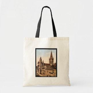 Notre Dame, Dijon, France classic Photochrom Budget Tote Bag