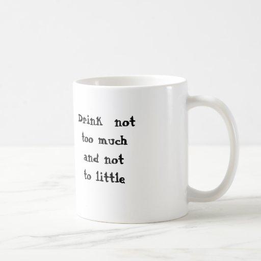 Notto del muchand del nottoo de la bebida poco tazas de café