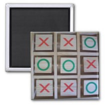 Noughts and Crosses Wooden Game Magnet