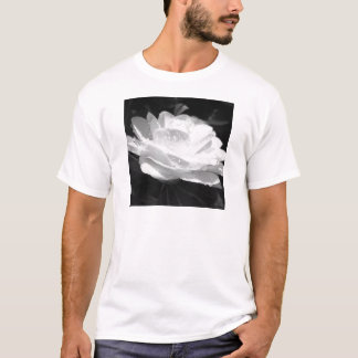 Nourished Camellia Men's T-Shirt