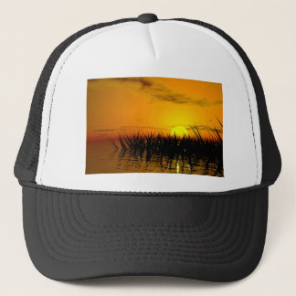 Novel TIC seashore Trucker Hat