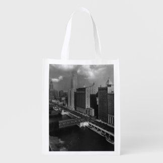 November 1939:  The city of Chicago Grocery Bag