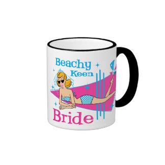 Novia afilada con playas taza de dos colores