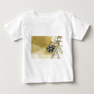 Novia de los rosas blancos t-shirt