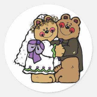 Novia del oso y novio del oso pegatina redonda