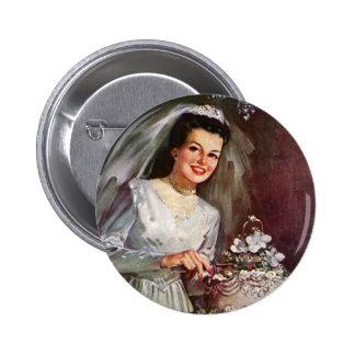 Novia del recién casado del vintage que corta su pin redondo de 2 pulgadas