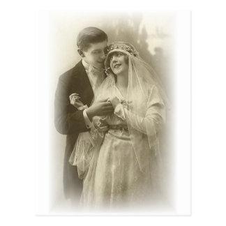 Novia del vintage y tarjetas y regalos románticos postales