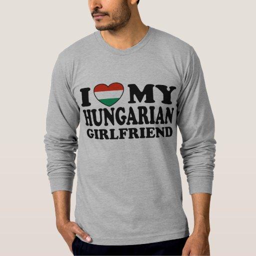 Novia húngara playera