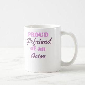Novia orgullosa de un actor tazas de café