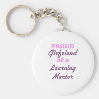 Novia orgullosa de un mentor de aprendizaje llavero