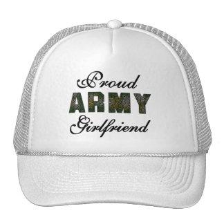 Novia orgullosa del ejército gorro de camionero