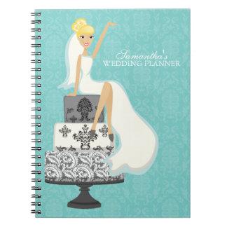 Novia rubia en el pastel de bodas {aguamarina} libretas espirales