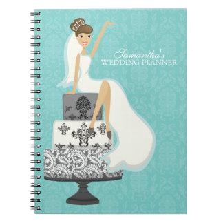 Novia triguena en el pastel de bodas {aguamarina} libros de apuntes