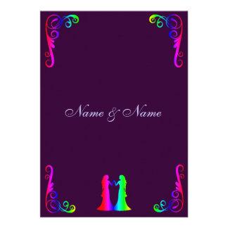 Novia y novia - arco iris y boda púrpura