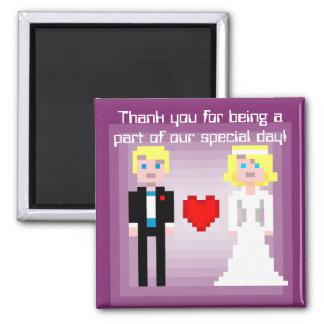 Novia y novio - imán del pixel del favor - ciruelo
