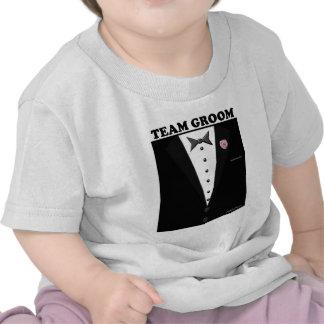 Novio del equipo (smoking) camiseta