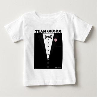 Novio del equipo (smoking) camisetas