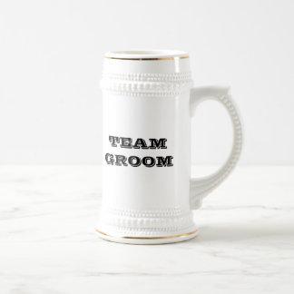 Novio del equipo (texto) jarra de cerveza