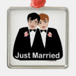 Novio del matrimonio homosexual adornos de navidad