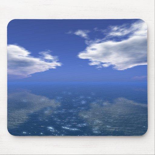 Nube blanca del cielo azul reflejada en el mar Mou Alfombrillas De Raton