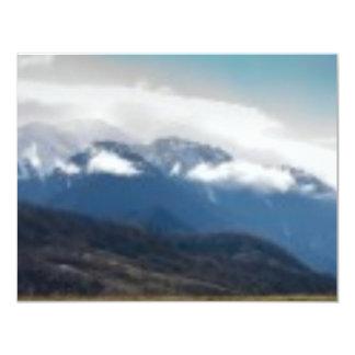 Nube de la montaña anuncios personalizados