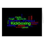 Nube de la palabra de Kickboxing brillante en negr Tarjetón