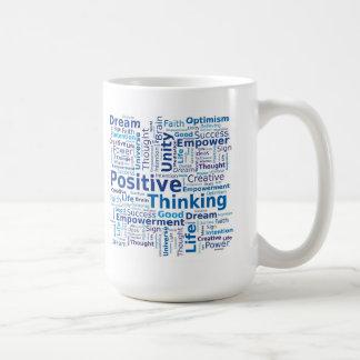 Nube de pensamiento positiva de la palabra - taza