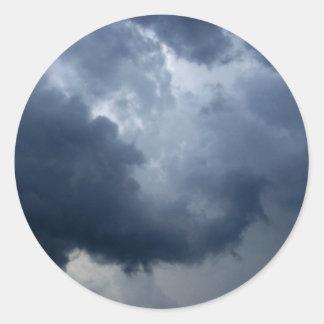 Nube de tormenta del tronco del elefante pegatina redonda