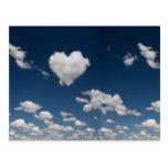 Nube en forma de corazón tarjetas postales