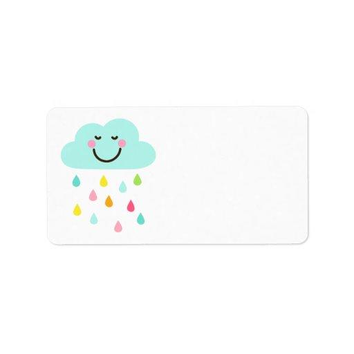 Nube feliz linda con el espacio en blanco colorido etiqueta de dirección