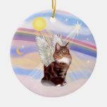 Nubes - ángel del gato de Tabby del Coon de Maine Ornamentos Para Reyes Magos