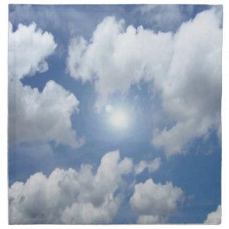 Nubes azules del cielo + sus ideas servilleta de papel
