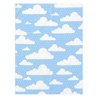 Nubes azules hermosas mantel