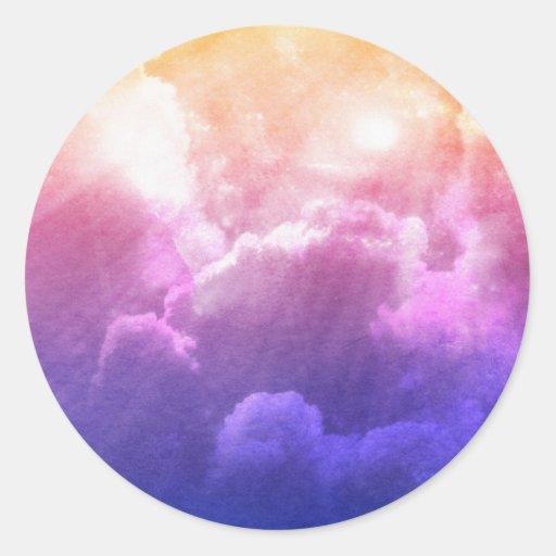 Nubes coloridas pegatina redonda