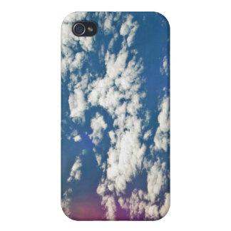 Nubes de cirro con la llamarada de la lente iPhone 4/4S carcasas
