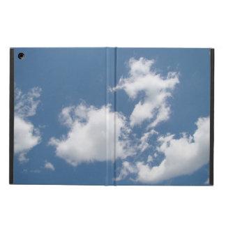 Nubes de cúmulo hinchadas en caso del aire del iPa
