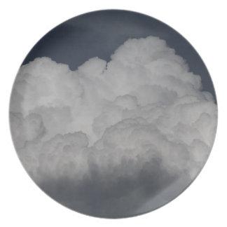 Nubes de cúmulo plato para fiesta