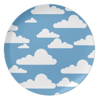Nubes de cúmulo simples plato de comida