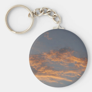 Nubes de la puesta del sol llaveros personalizados