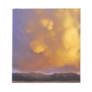 Nubes de tormenta en la gama centenaria en Montana Bloc De Notas
