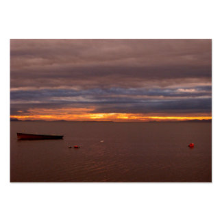Nubes de tormenta en la puesta del sol plantilla de tarjeta de negocio