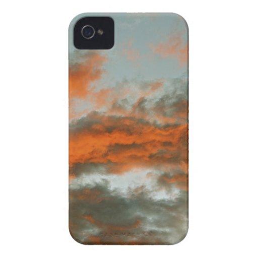 nubes de tormenta iPhone 4 carcasas