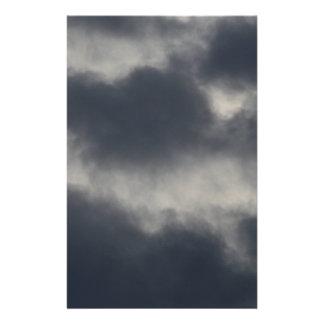 Nubes de tormenta  papeleria de diseño