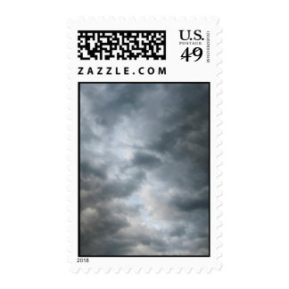 Nubes de tormenta que se rompen - medio sello
