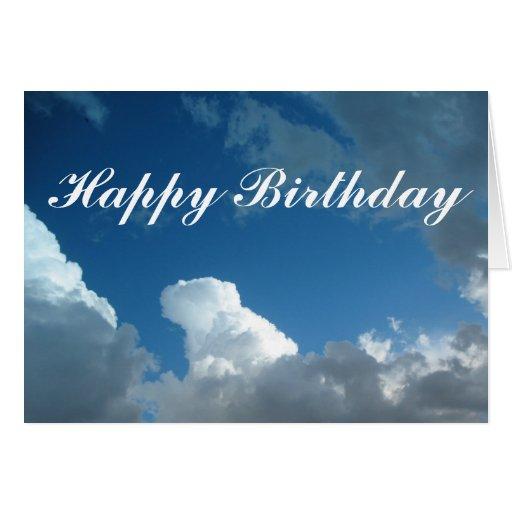 Nubes del feliz cumpleaños tarjeta de felicitación