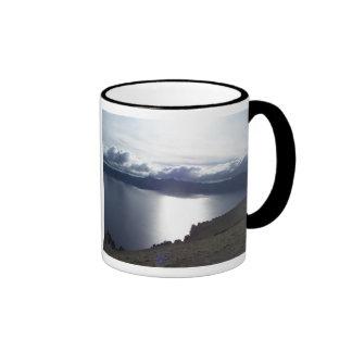 Nubes del lago crater taza de café