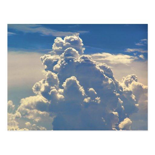 Nubes divinas tarjeta postal